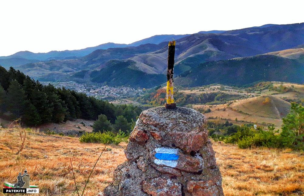 Зимна маркировка по пътя за връх Вежен