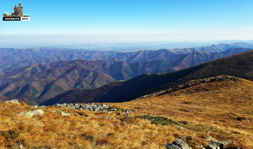 Гледката от връх Вежен