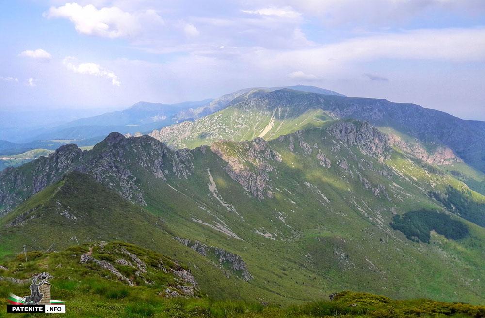 Изглед от връх Голям Купен