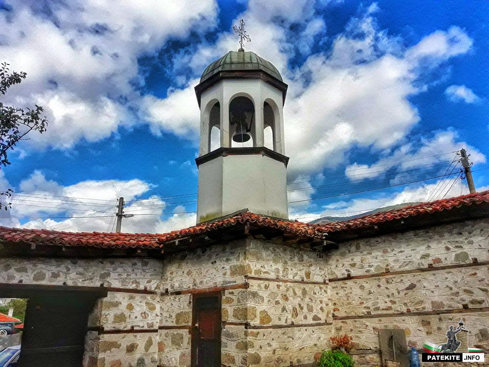 """Камбанарията на църквата """"Св. Никола"""" в Клисура"""