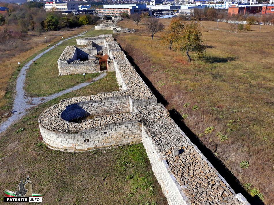 Крепостна стена на крепост Абритус