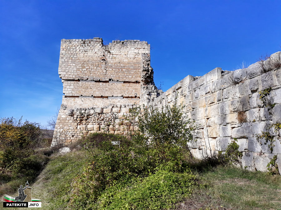 Крепостна кула на Червен