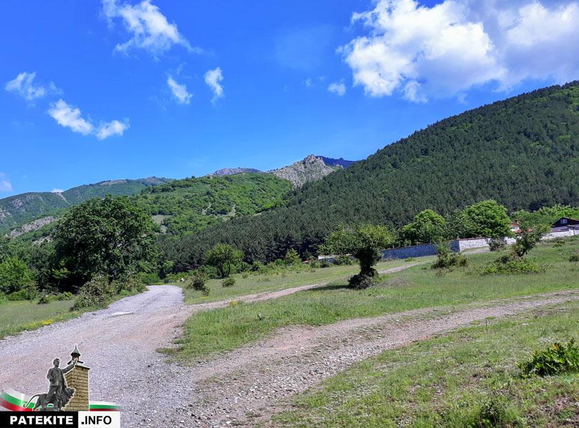 Пътят към Крепост Копсис - Аневско кале