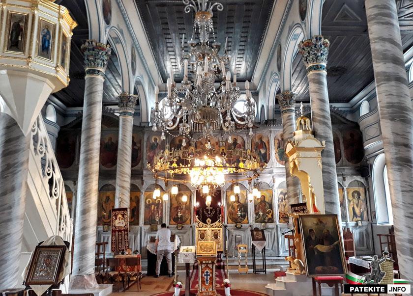 """Църква """"Св. Св. Петър и Павел"""" в Сопот"""