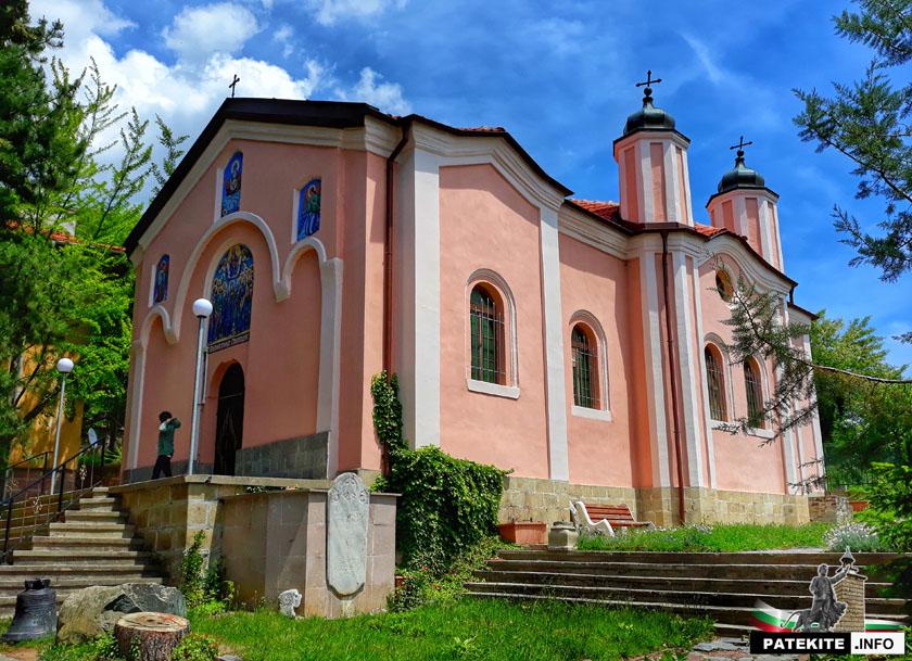 Сопотски манастир - църква