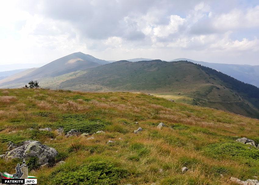 Гледката от връх Малък Ком
