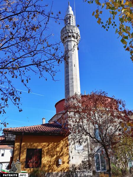 Джамията Ахмед бей в Разград