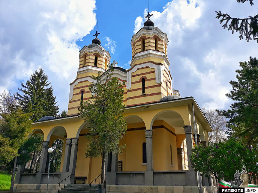 Църква Успение Богородично - Попово