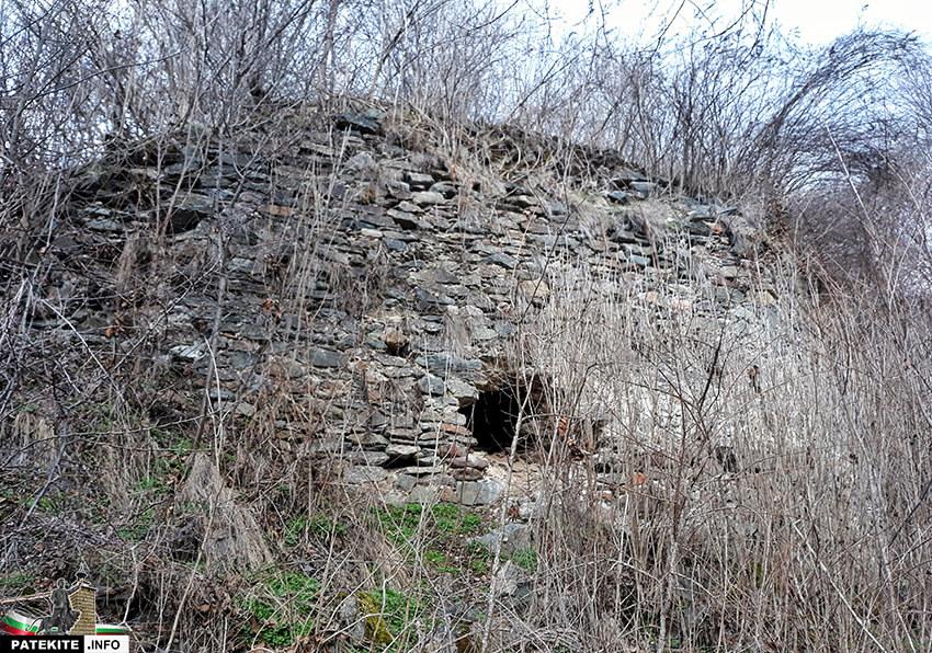 Стена от крепост Урвич
