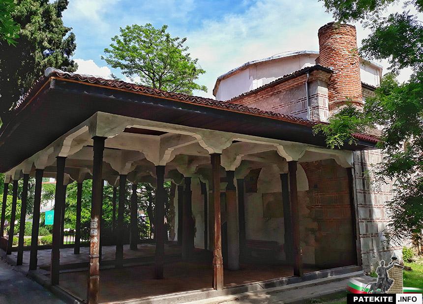 Куршум джамия в Карлово