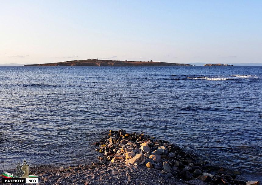 Остров св. Иван и остров св. Петър от Созопол