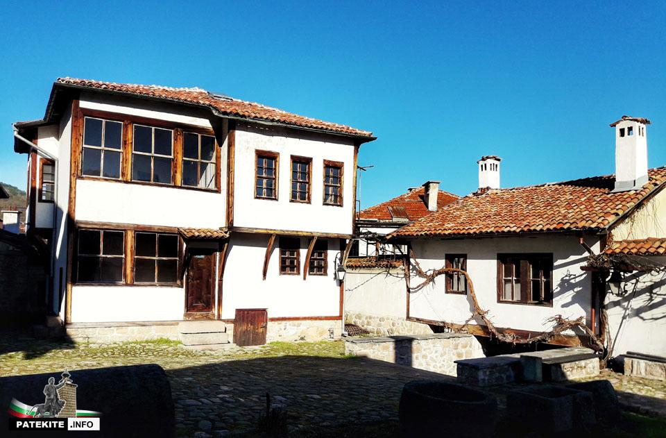 Попови къщи в Брацигово