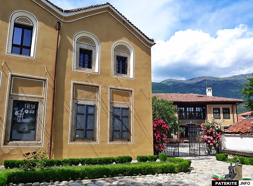Патевата мааза и Патевата къща в Карлово