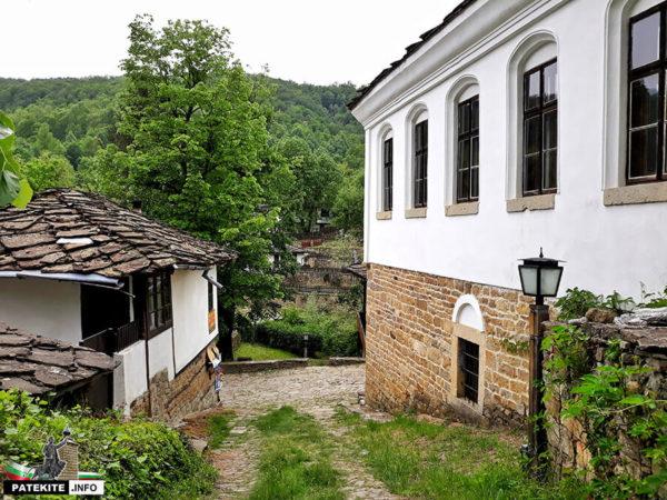 Боженци - Старото училище